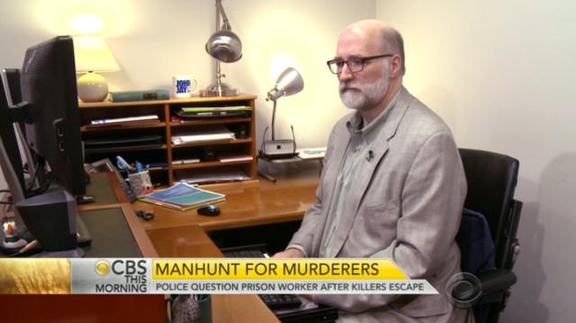 CBS201506_deskshot