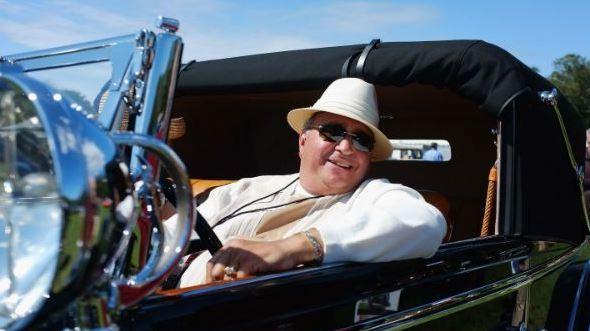 rich_guy_car